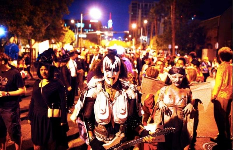 parade halloween las vegas strip