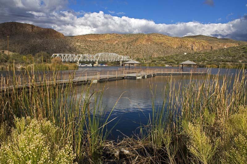 Canyon Lake Apache Trail