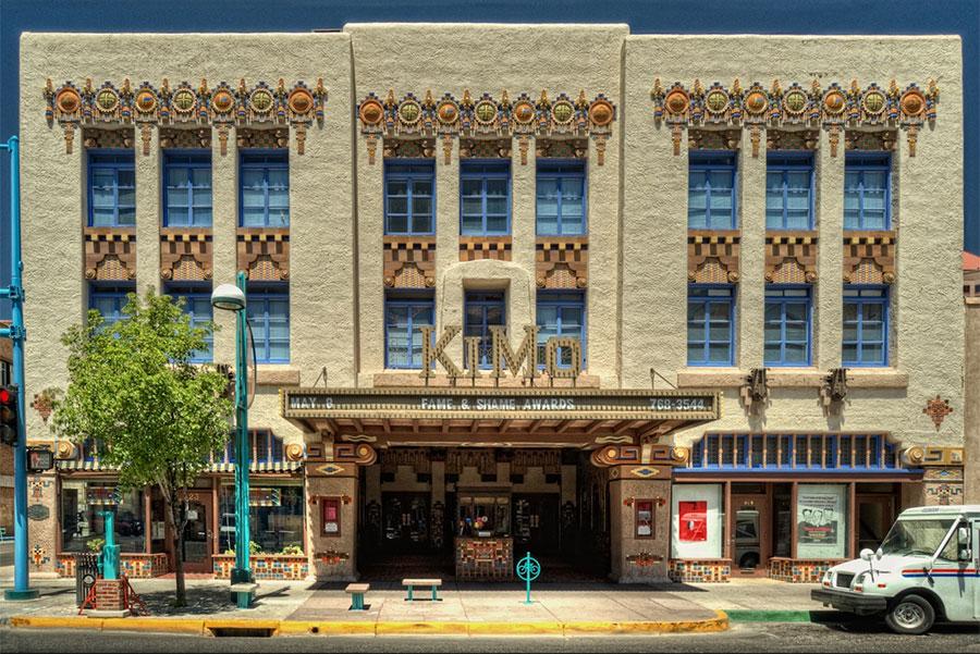 Theatre Kimo, Architecture Pueblo Deco au Nouveau Mexique